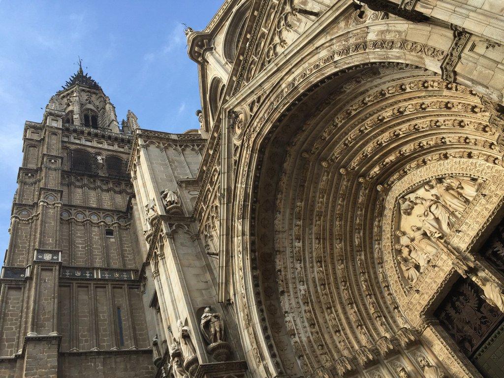 Catedral de Toledo, torre y puerta del Perdón