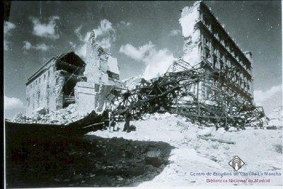Alcázar destruido tras la Guerra Civil
