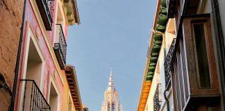 La Catedral de Toledo, desde la calle Santa Isabel