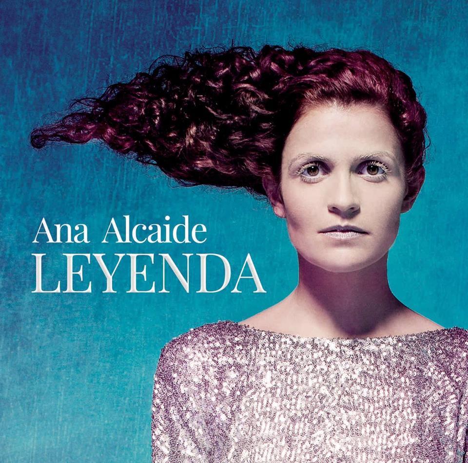 Ana Alcaide: Leyenda