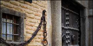 La casa de las cadenas