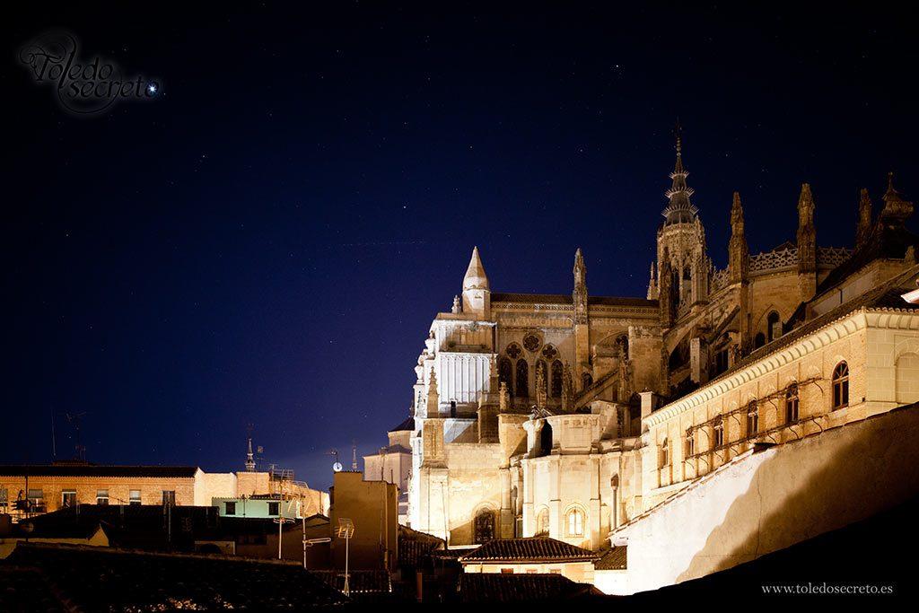 Catedral de Toledo, por la noche