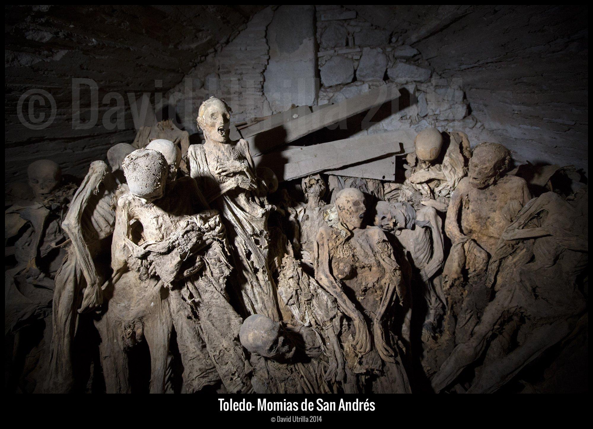 Momias de la Iglesia de San Andrés, en Toledo. Foto: David Utrilla.