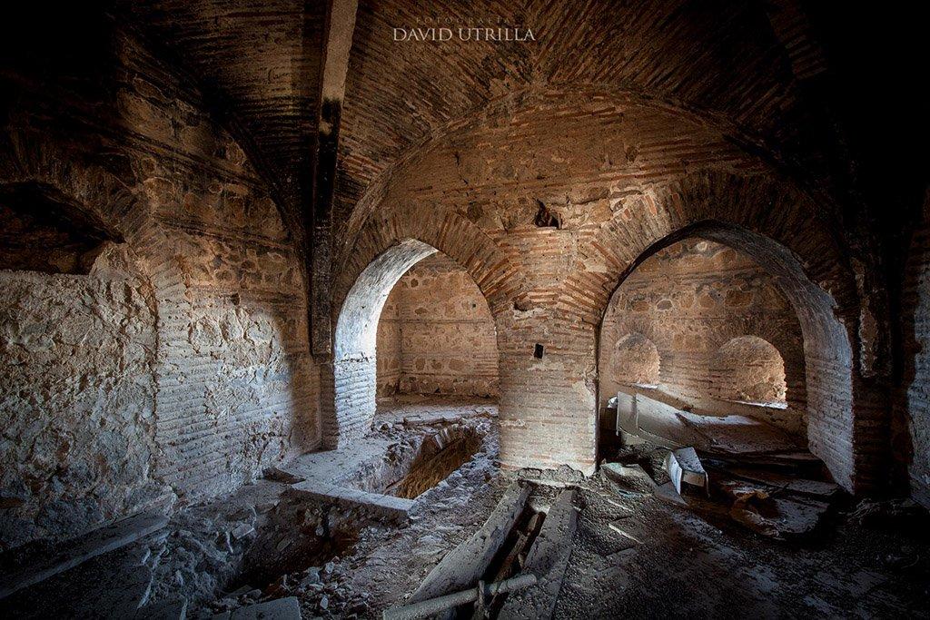 Interior del Puente de Alcántara, por David Utrilla para Toledo Secreto