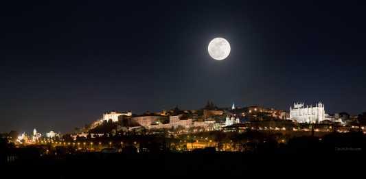 Luna llena en Toledo, 2011 por David Utrilla