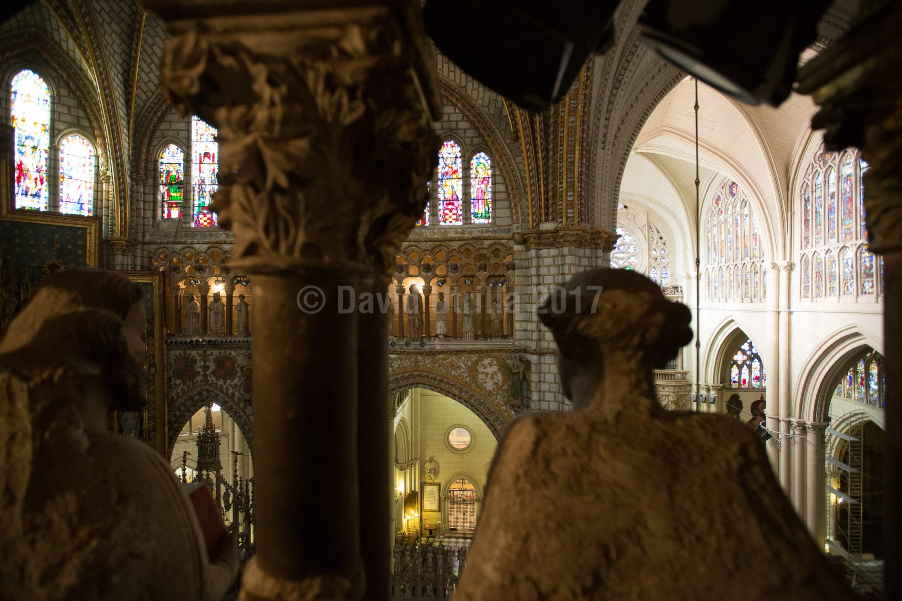 Caminando por el triforio de la Catedral de Toledo