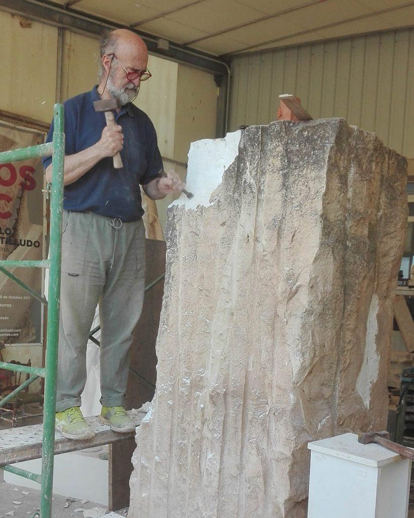 El escultor Pablo Costilludo