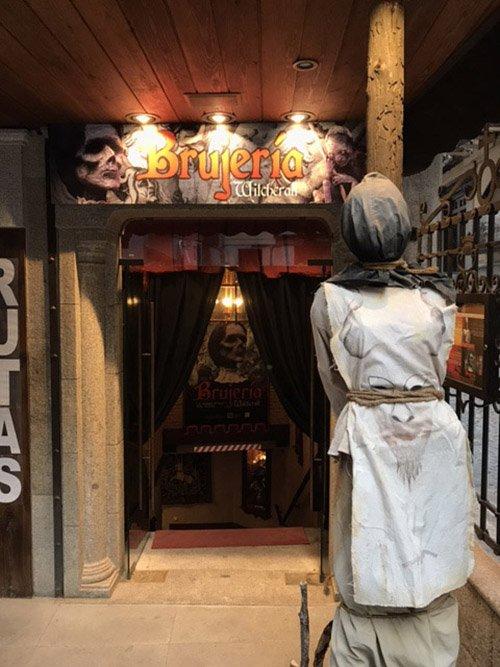 Entrada a la exposición Brujería en Toledo