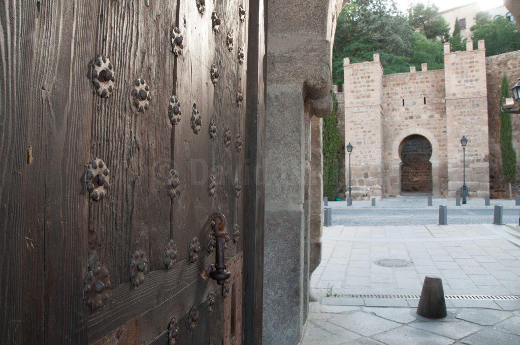 Puerta de Alcántara en Toledo, por David Utrilla