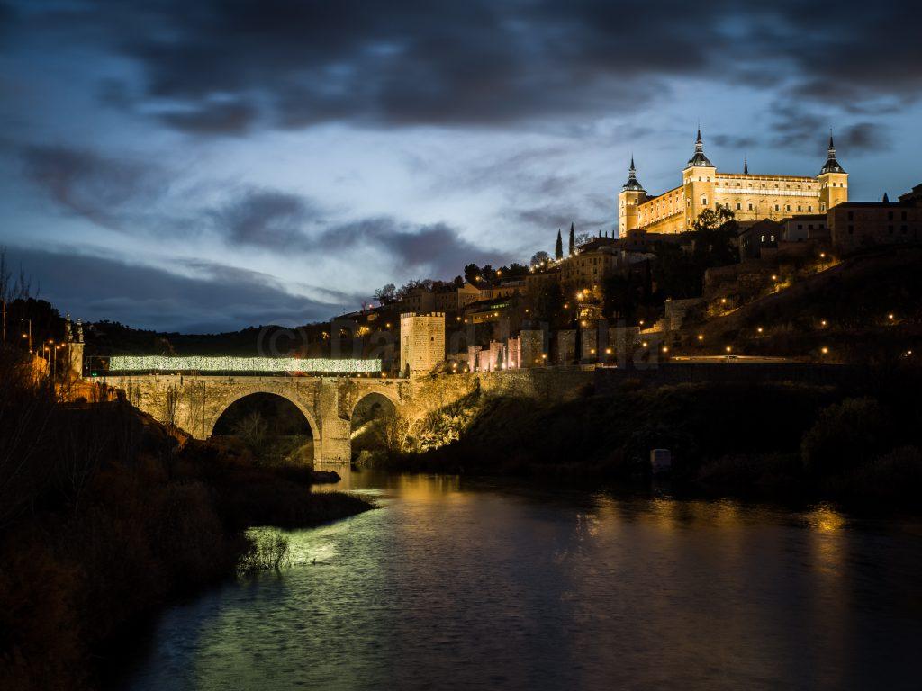 Puente de Alcántara y Alcázar de Toledo, por David Utrilla