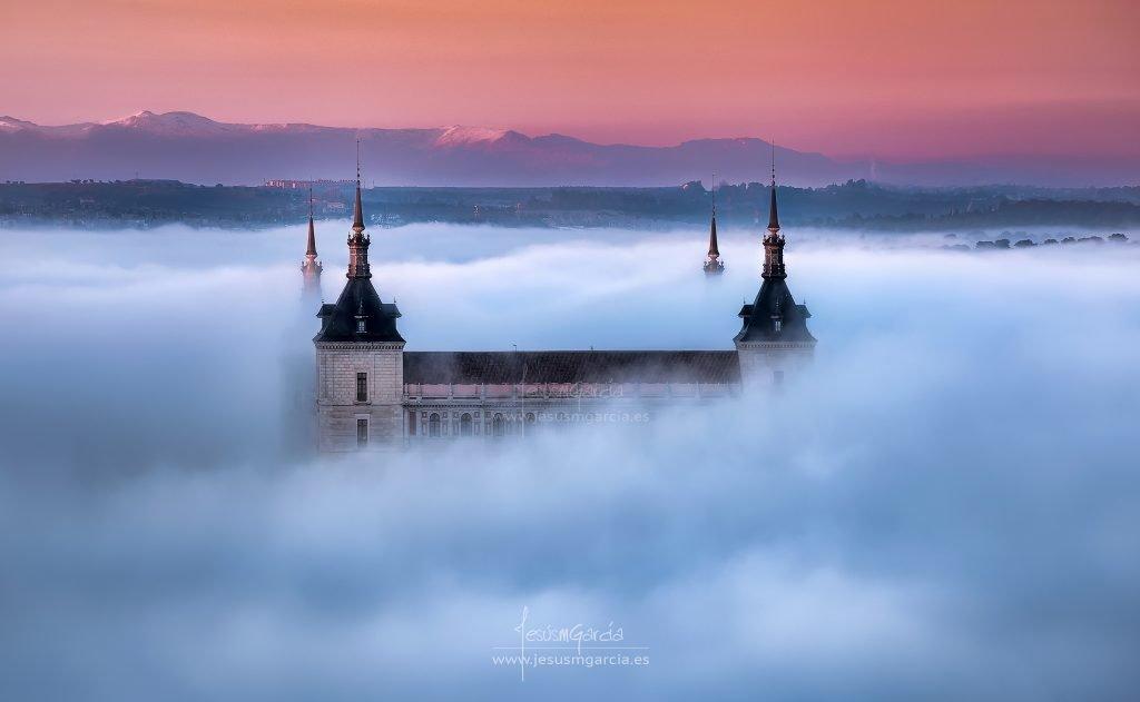 Niebla en Toledo, por Jesús M. García