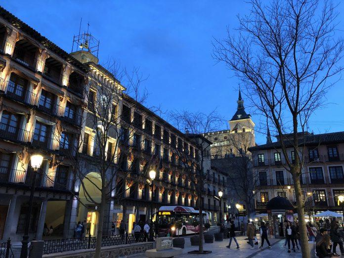 Plaza de Zocodover. Hora azul en Toledo