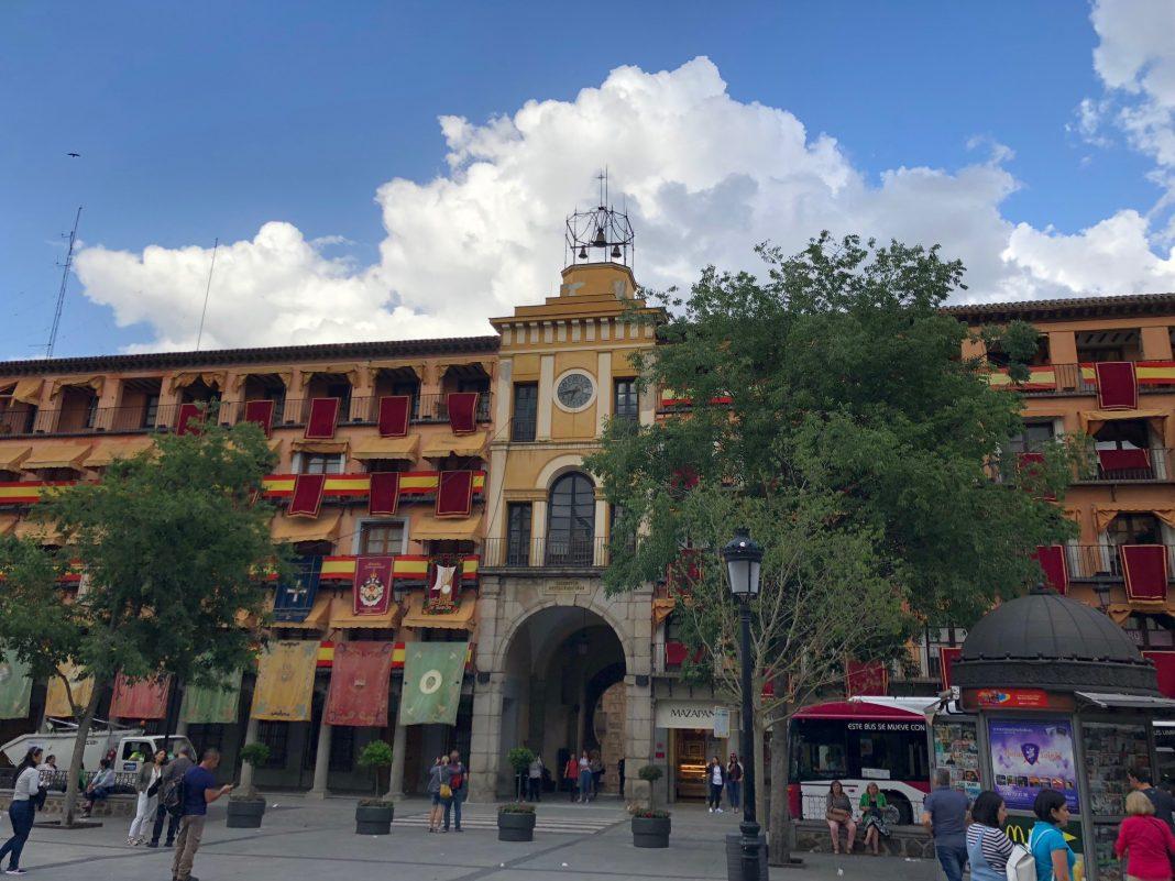 Plaza de Zocodover, Toledo, durante el Corpus