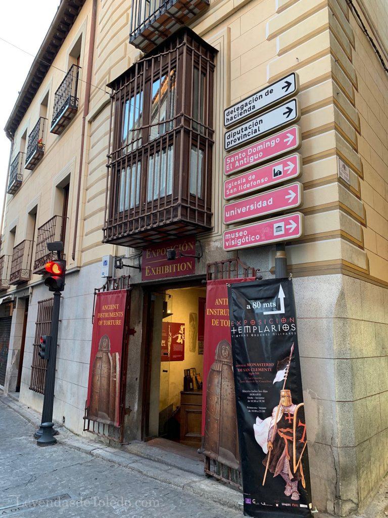 Acceso al Museo de Instrumentos de Tortura de Toledo