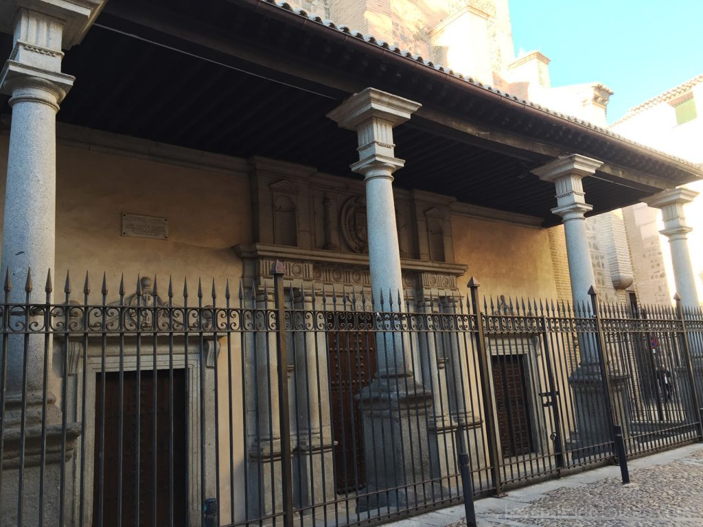 Entrada a la Iglesia de Santo Domingo el Real (Toledo)