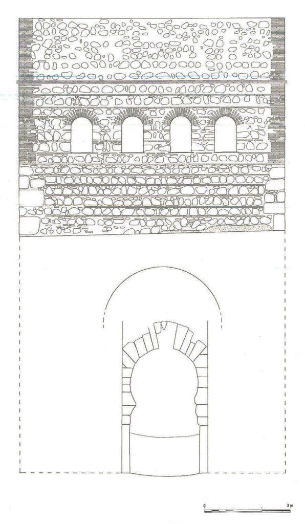 """Fachada principal de la puerta del Vado. Fuente: """"La Puerta del Vado"""", Arturo Ruiz Taboada y Jacobo Fernández del Cerro, 2009, pág.  126"""