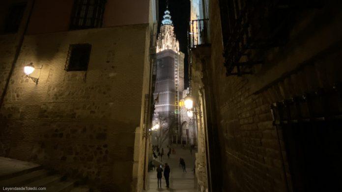 La Catedral de Toledo por la noche