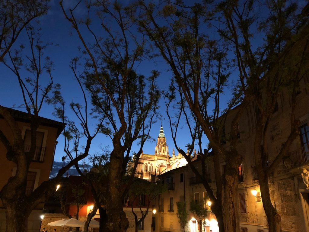 Vista de la Torre de la Catedral desde la Plaza de San Justo, Toledo.