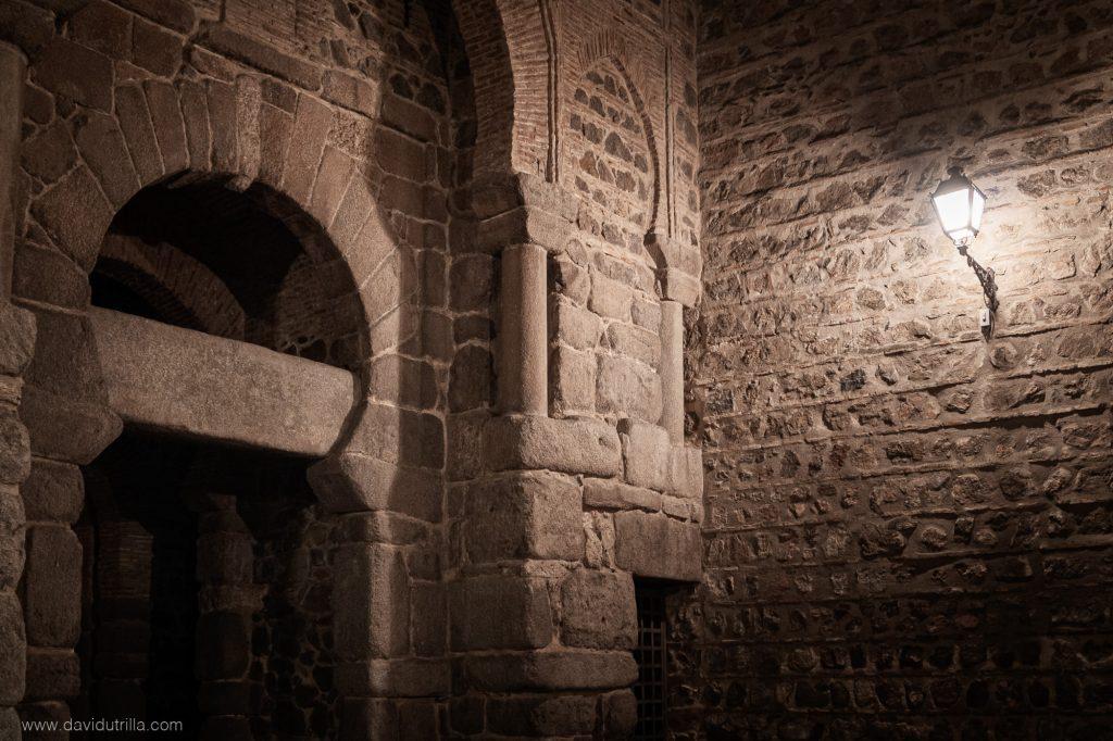 Detalle de la Puerta de Alfonso VI, en Toledo. Foto: DavidUtrilla.com