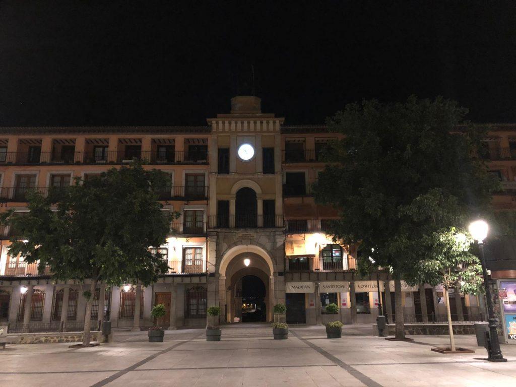 La Plaza de Zocodover, por la noche, durante la pandemia por Coronavirus 2020