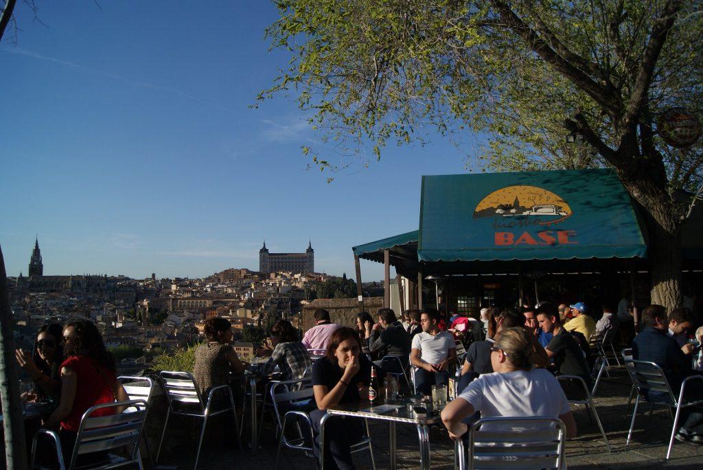 Terraza del Kiosko Base, en Toledo. Foto de su Facebook.