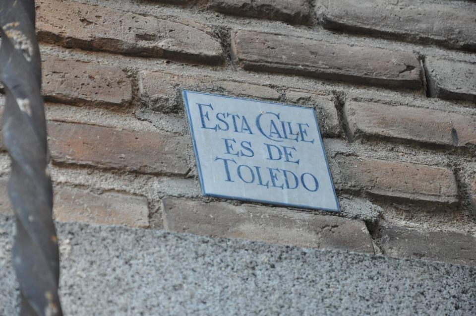 Placa Esta Calle es de Toledo