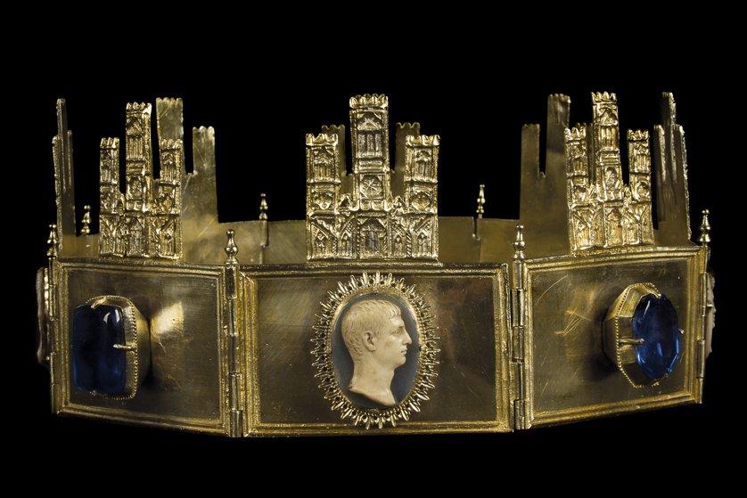 Corona de Sancho IV de Castilla, en la Catedral de Toledo.