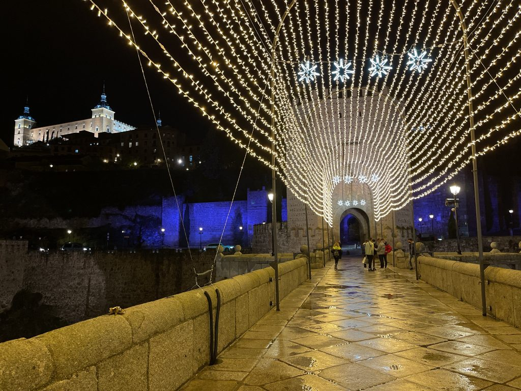 Puente de Álcántara, decoración Navidad 2020 en Toledo