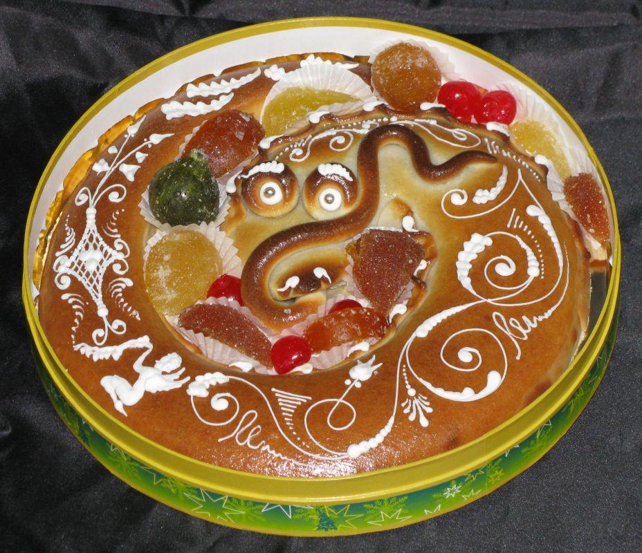 Una anguila de mazapán de la pastelería Calvo en Toledo