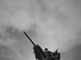 Estatua del Cid Campeador en Burgos. Foto: anjelkam (CC)