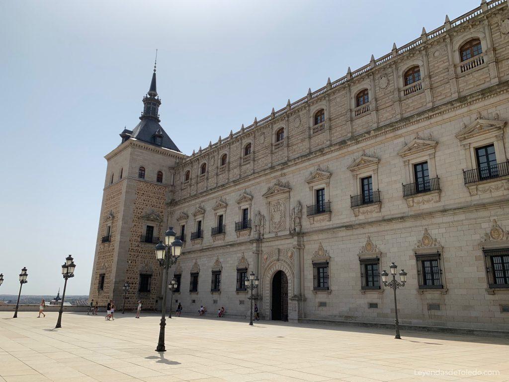 Fachada Norte del Alcázar de Toledo, construida en el siglo XVI por el arquitecto Alonso de Covarrubias