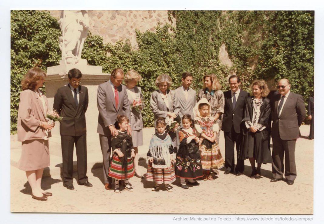 Archivo Municipal de Toledo - 3219-03-09 - Año 1987-04-24 - Visita a Toledo de los Príncipes de Gales con SS MM los Reyes