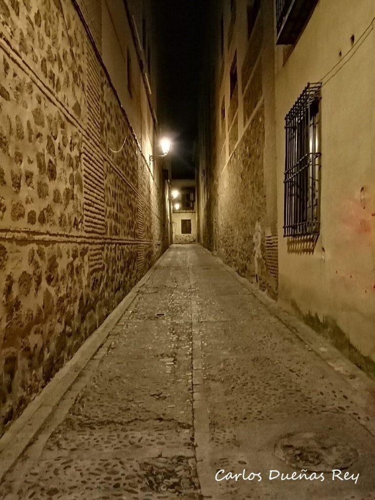 Calle de Buzones.