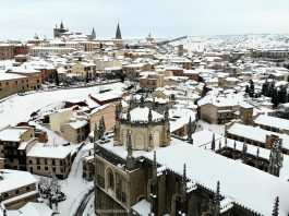 San Juan de los Reyes bajo la nieve de Filomena, foto con dron por @MorillasLaura