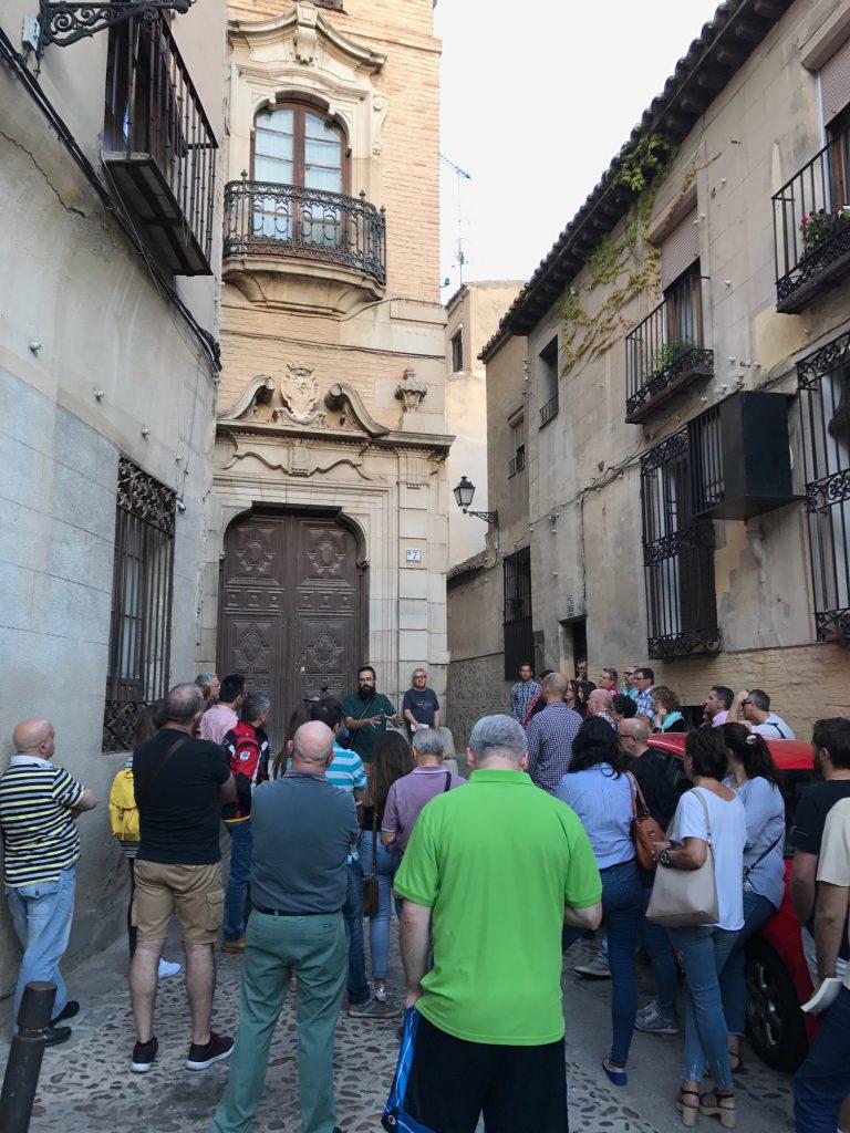 Una visita guiada sobre Templarios, en la plaza de Abdón de Paz, con Rutas de Toledo