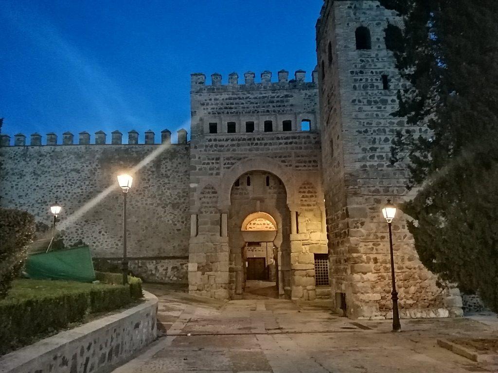 Puerta de Alfonso VI, por Carlos Dueñas Rey