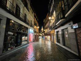 Calle Comercio, solitaria durante la Pandemia COVID-19