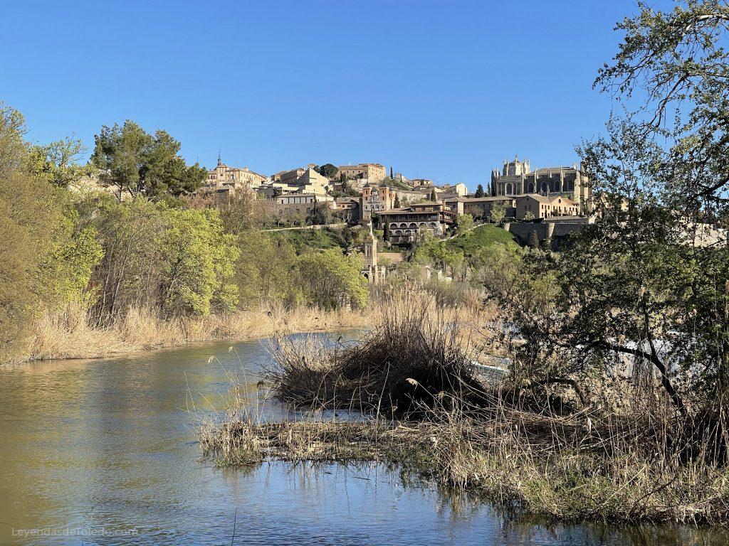 Vistas desde la Senda Ecológica, detrás de la Fábrica de Armas de Toledo