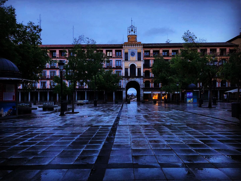 Plaza de Zocodover al amanecer. Toledo