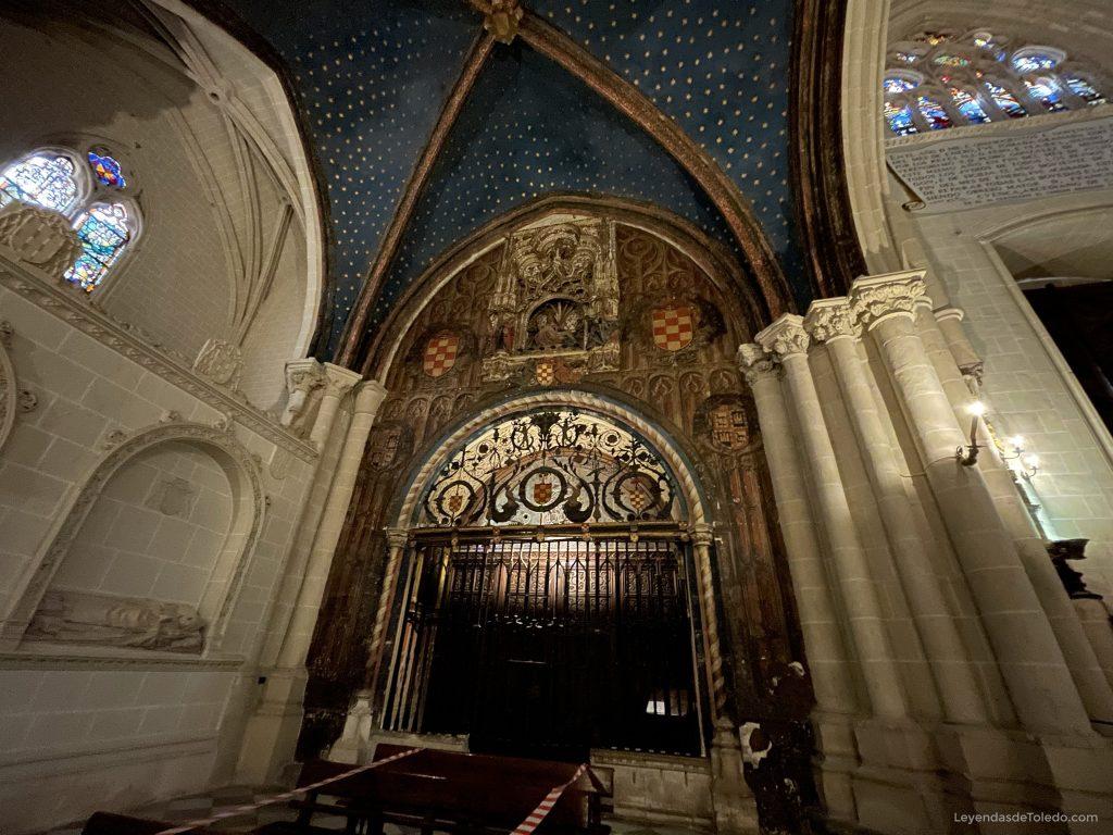 Puerta de acceso a la Capilla Mozárabe de la Catedral de Toledo
