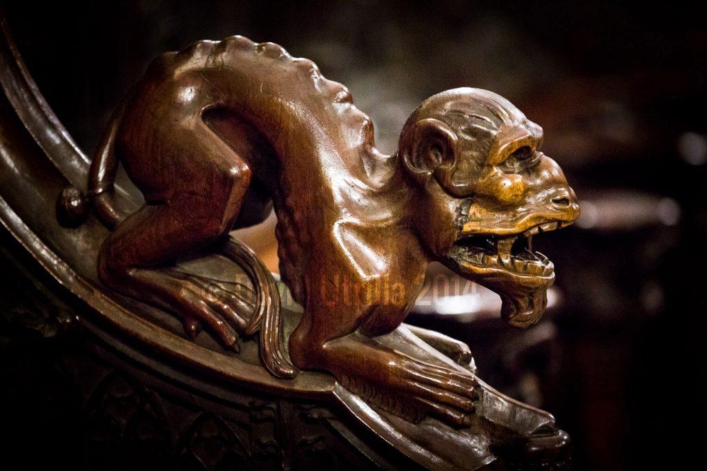 Uno de los seres fantásticos de la sillería del coro de la Catedral de Toledo. Foto: David Utrilla