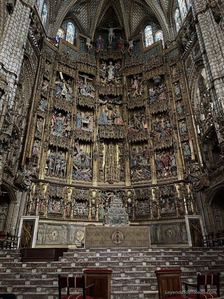 El gran retablo de la Capilla Mayor de la Catedral de Toledo